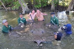 9 hour battle stingray fishing Mae Klong River Thailand