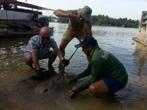 Russian anglers Stingray fishing Mae Klong River